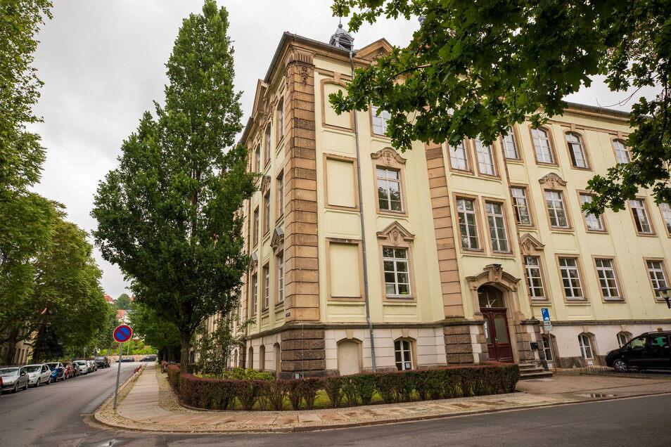 """Grundschule """"Am Friedenspark"""" in Pirna: Anmeldungen sind hier nur nach vereinbartem Termin möglich."""