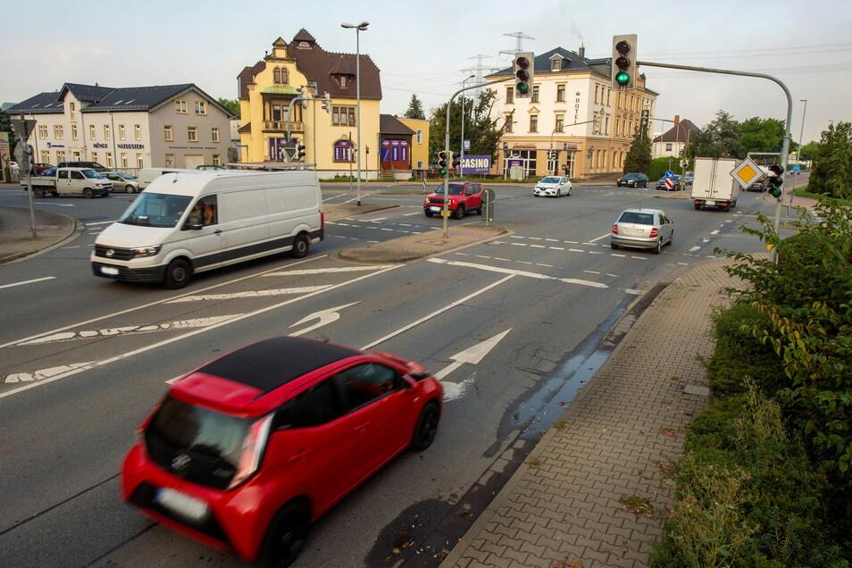 Mit der Sanierung der Dresdner Straße wird die Kreuzung mit der Zschierener und Siegfried-Rädel-Straße zum Kreisverkehr.