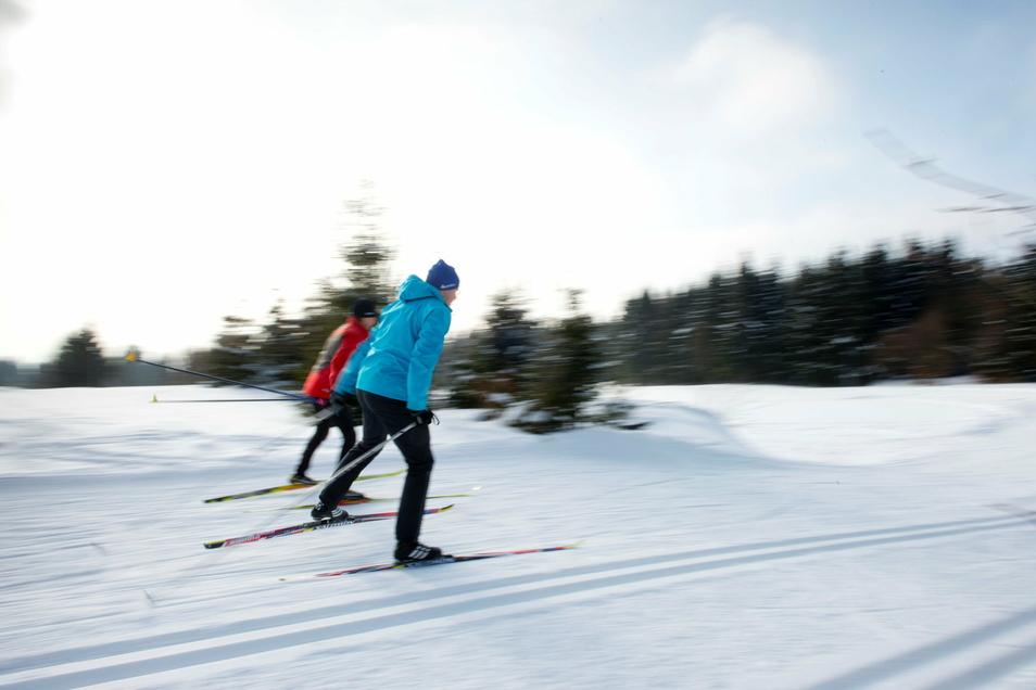 Langlauf ist derzeit voll im Trend. Auch in Elstra ist dieser Sport möglich.