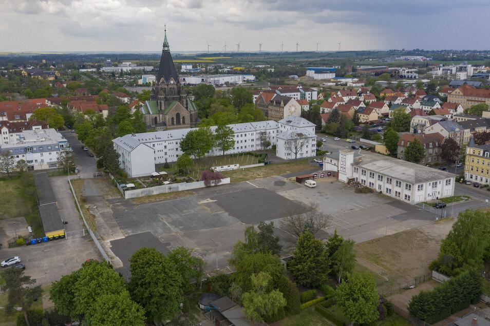 Blick auf die Widmann-Brache an der Pausitzer Straße. Kommt dort wirklich ein Edeka samt Aldi?