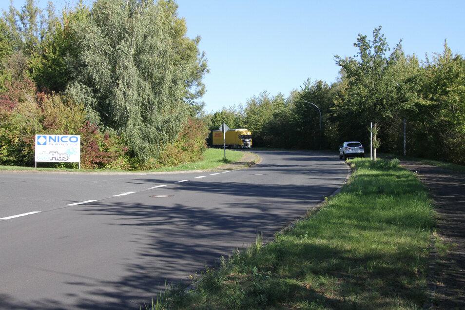 Die Straße Heiterer Blick im Gewerbepark Mockritz soll ab der Einfahrt zur Firma Nico Fahrzeugteile saniert werden.