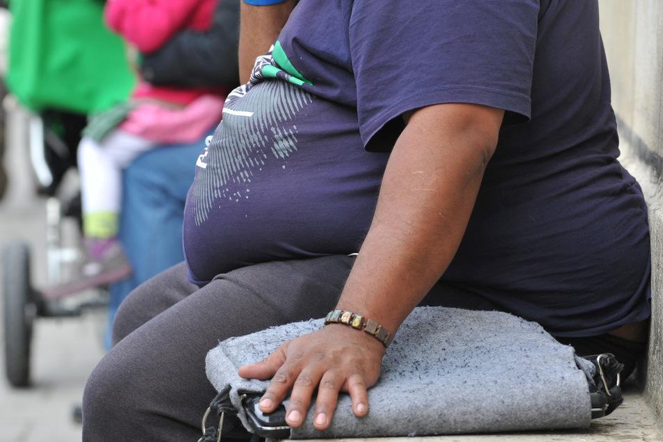 Die zentralen Risikofaktoren für vorzeitige Todesfälle und schlechte Gesundheitszustände waren in Deutschland 2019 Tabakkonsum, Bluthochdruck, hoher Blutzucker, ein hoher Body-Mass-Index (BMI) und eine ungünstige Ernährung.