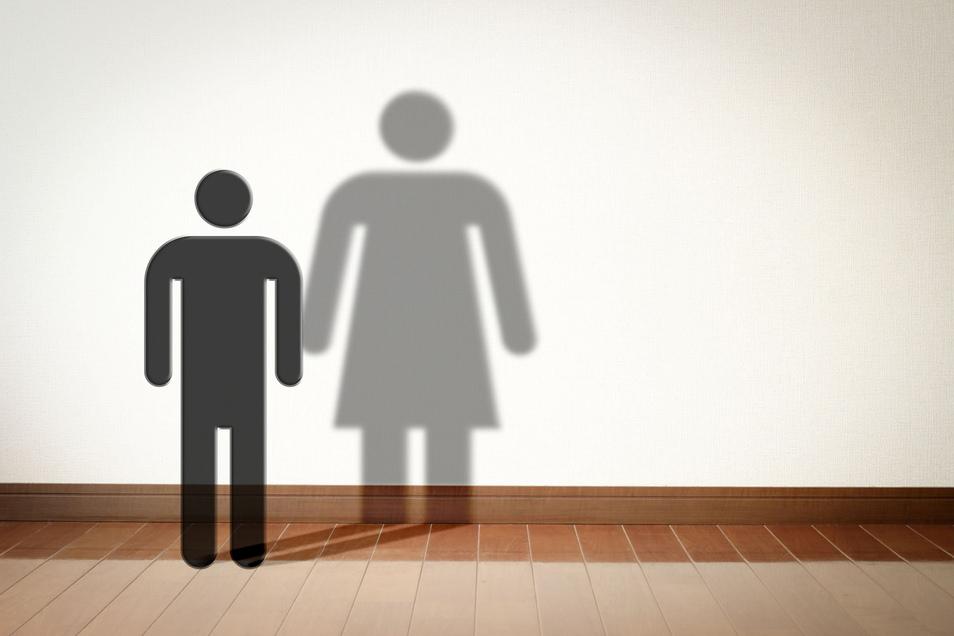 Wie hat sich der Altersdurchschnitt der Covid-19-Patienten verändert?