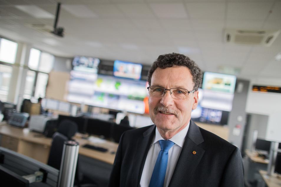 Der Präsident des Bundesamtes für Bevölkerungsschutz und Katastrophenhilfe, Christoph Unger, sieht die Lebensmittelversorgung.