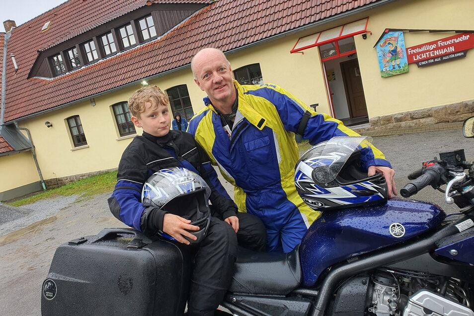 Viele Kilometer weit waren der elfjährige Justin und Biker Andreas Schuster ein Team. Allerdings verlief die Tour ganz anders als gedacht.