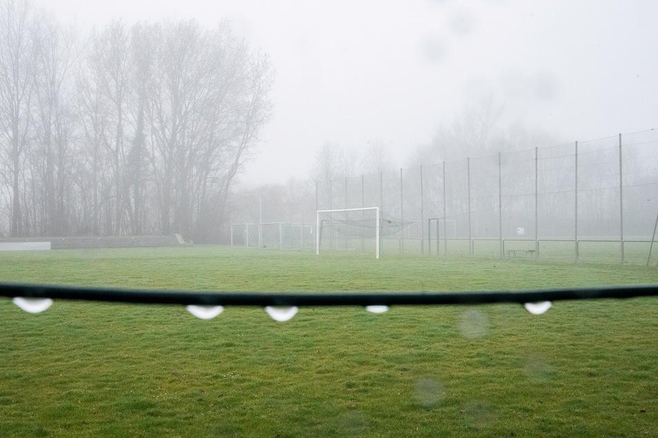 Trübe Aussichten für den Amateurfußball: Der Sachsenverband bricht die Saison ab.