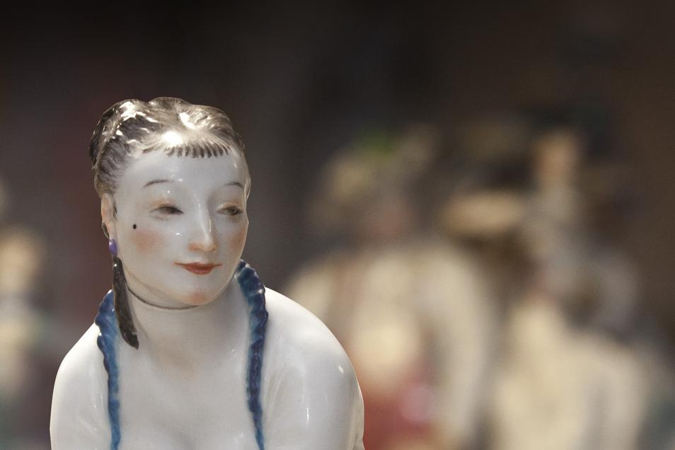 Porzellanentwürfe von Paul Scheurig sind im wiedereröffneten Museum der Porzellan-Stiftung zu sehen.