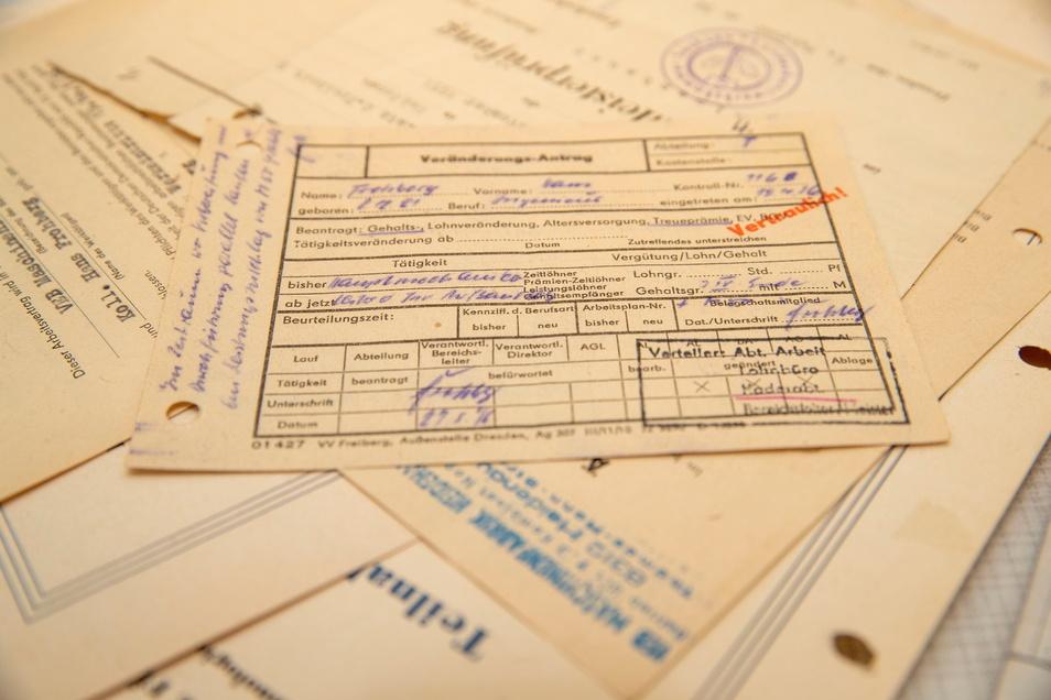 Hans Frohberg hat all die Papiere und Unterlagen aus seinen über 50 Jahren in der Mafa aufgehoben.