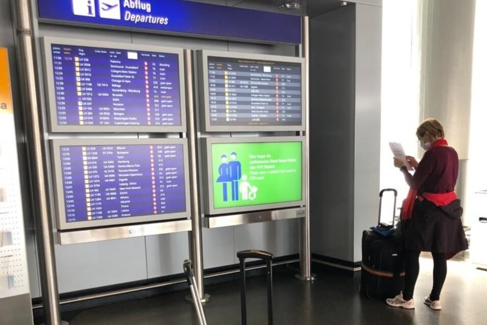 Nervenschlacht am Flughafen: ohne Testergebnisse kein Abflug.