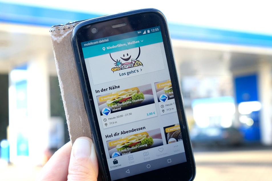 """Die Aral-Tankstellen in Meißen sind in der Smartphone-App """"Too Good To Go"""" gelistet. Im Landkreis Meißen machen bislang nur ein paar Geschäfte mit, um Lebensmittel vor dem Müll zu retten."""