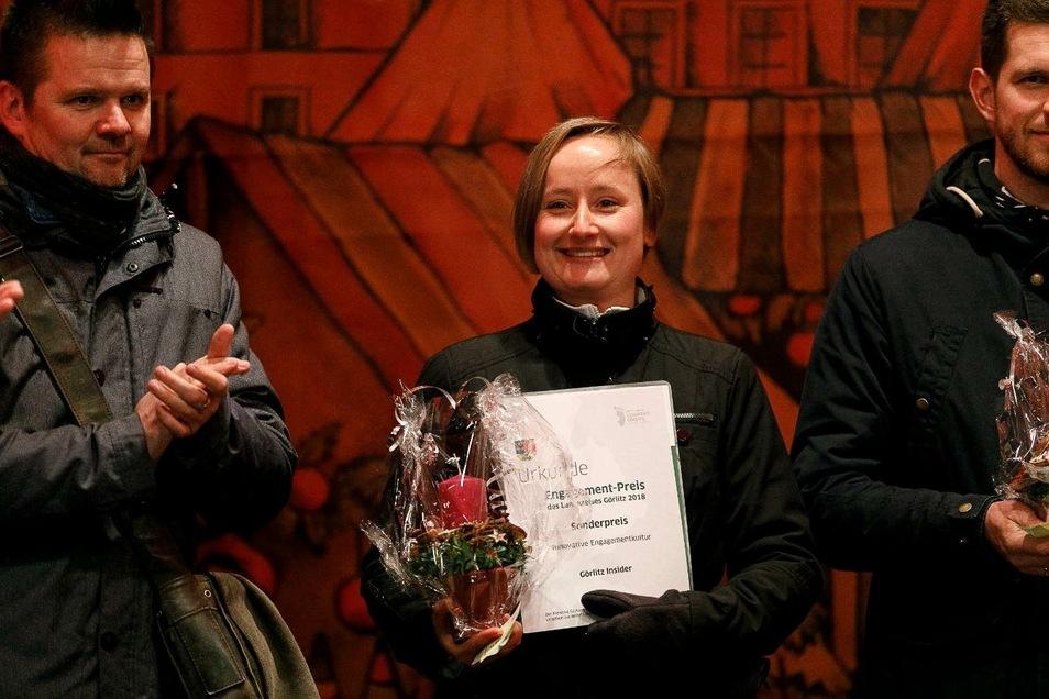 Conny Kahle hat den Engagement-Preis zu recht erhalten. Auch für die Mitarbeiter des Städtischen Friedhofes hatte sie zur richtigen Zeit, die richtigen Ideen.