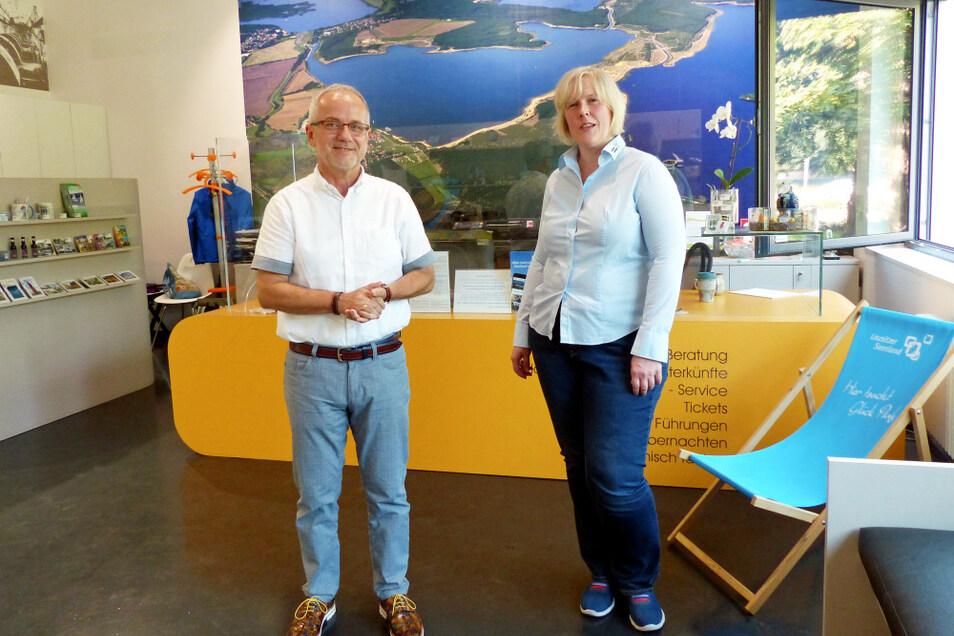 Hoyerswerdas Oberbürgermeister Stefan Skora begrüßte Dana Kersten an ihrer sächsischen Wirkungsstätte im Bürgerzentrum Braugasse 1.