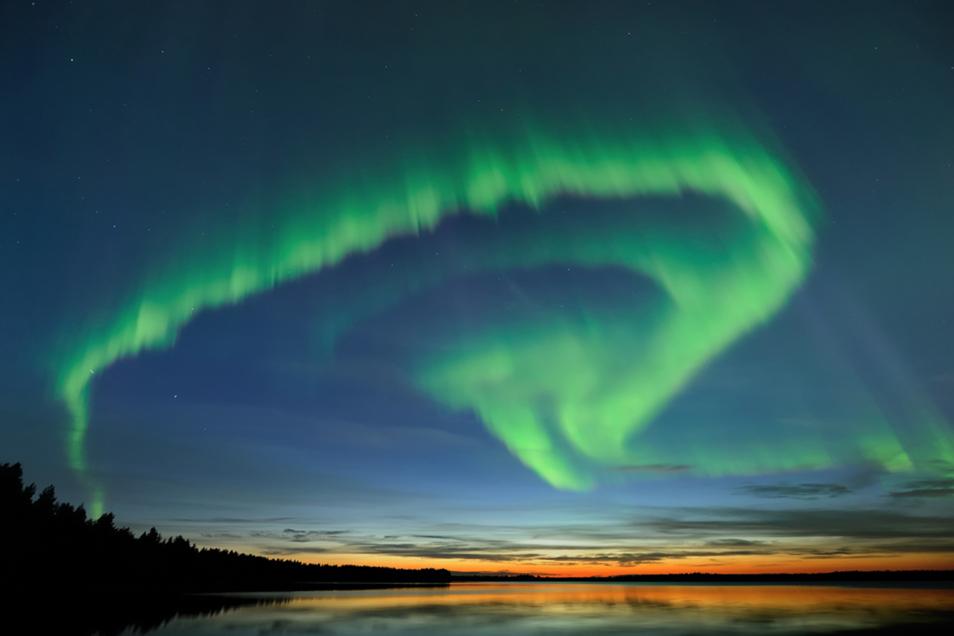 Polarlichter in Lappland bezaubern mit ihrer beeindruckenden Schönheit und ihrem Farbenspiel.