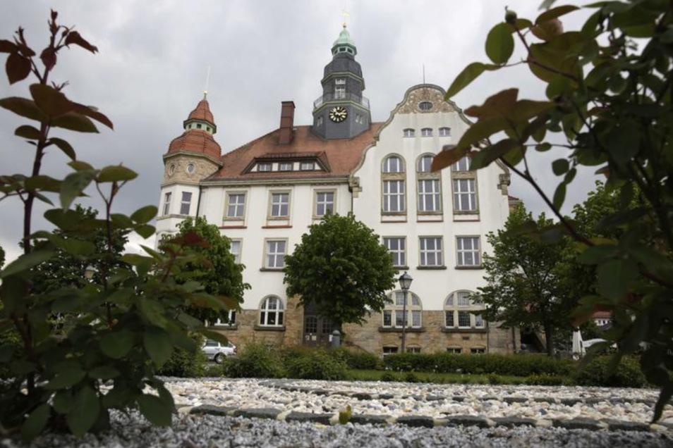 Im Großröhrsdorfer Rathaus tagte jetzt zum ersten Mal der neue Stadtrat.