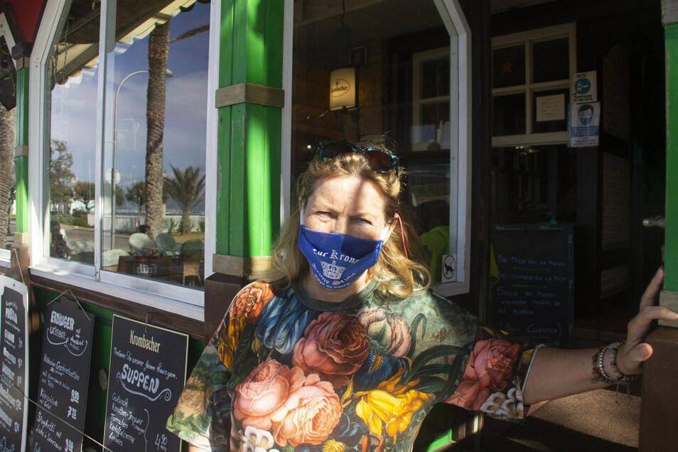"""Beatrice Ciccardini, Chefin der strandnahen Bar """"Zur Krone"""" in Palma, beziffert ihre derzeitigen Einnahmen auf 20 Prozent im Vergleich zu Vor-Corona-Zeiten."""