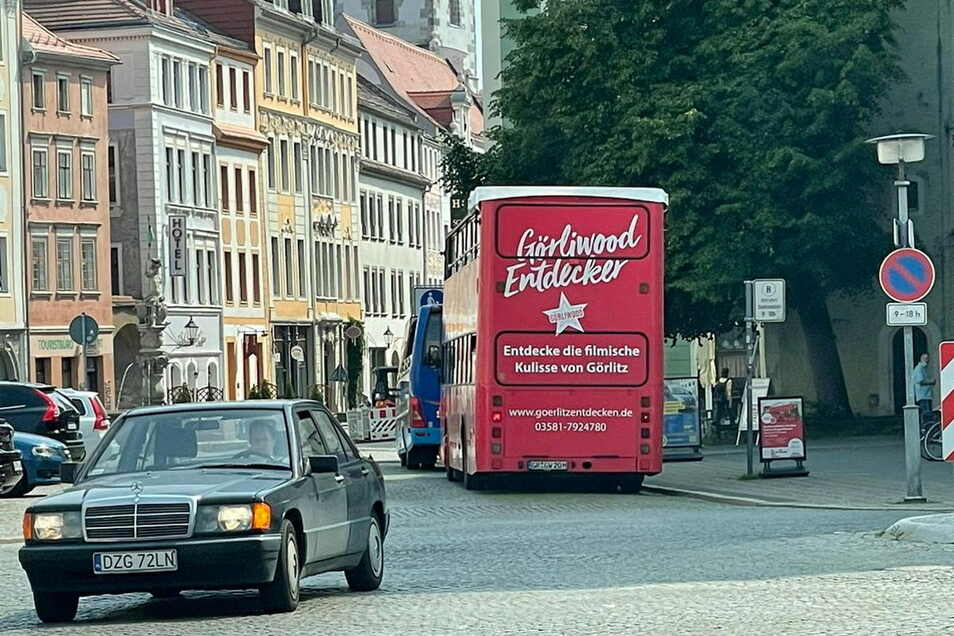 Der Görliwood-Bus hielt am Mittwochvormittag vor der Dreifaltigkeitskirche in Görlitz. Doch dort hat er nichts zu suchen.