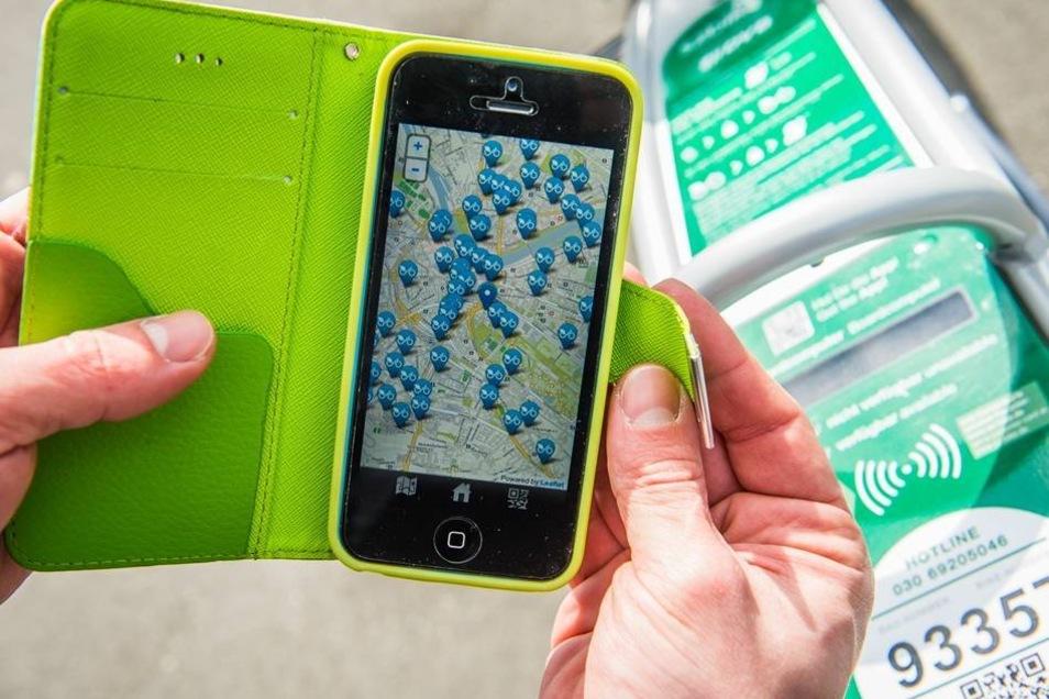 500 Fahrräder können ab sofort in ganz Dresden geliehen werden. Wo gerade ein Rad frei ist, zeigt eine Handy-App.