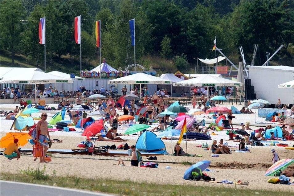 Auch 2018 hat das Lagunenfest  wieder zahlreiche Besucher an den Berzdorfer See gelockt. Mitverantwortlich dafür natürlich auch das herrliche Sommerwetter, dass sowohl am Strand ...