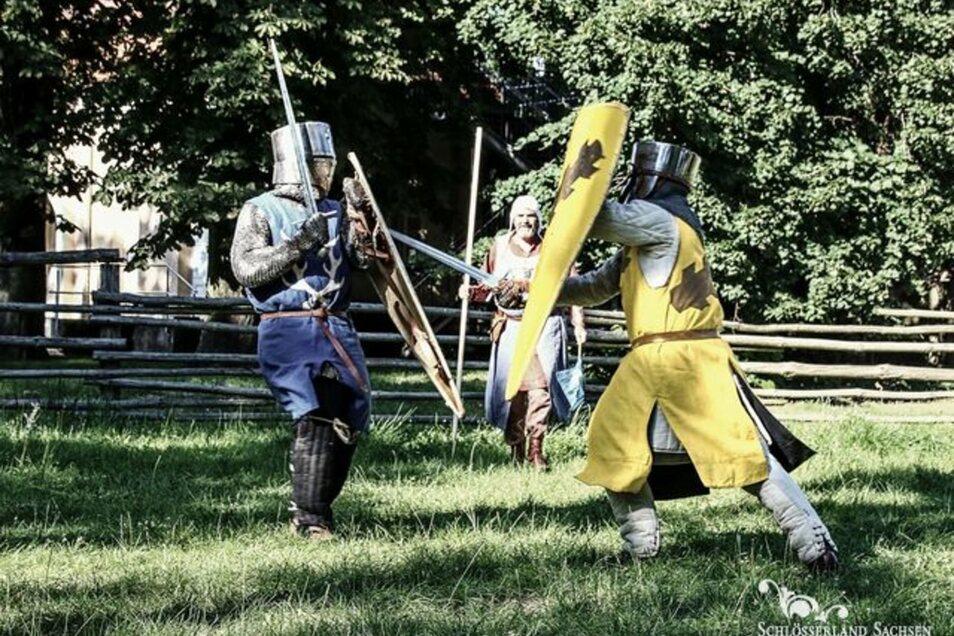 Auf der Burg Gnandstein sind die Ritter in Aktion zu erleben.