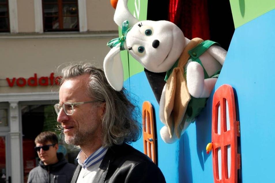 Auf der Bühne von MDR Sachsen auf dem Altmarkt war ständig was los. Hier das Krümel-Theater.