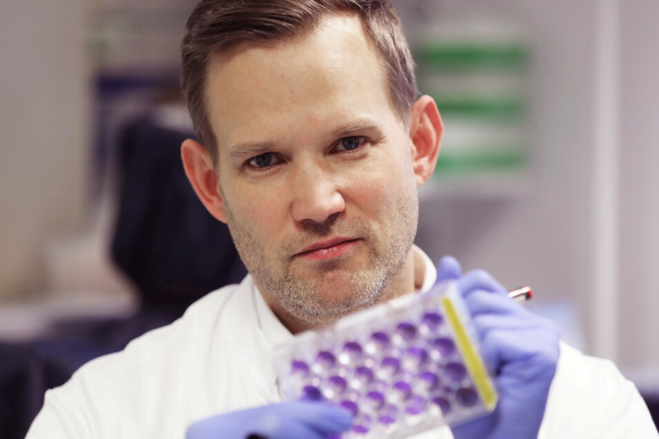 Hendrik Streeck ist Direktor des Instituts für Virologie am Universitätsklinikum Bonn..