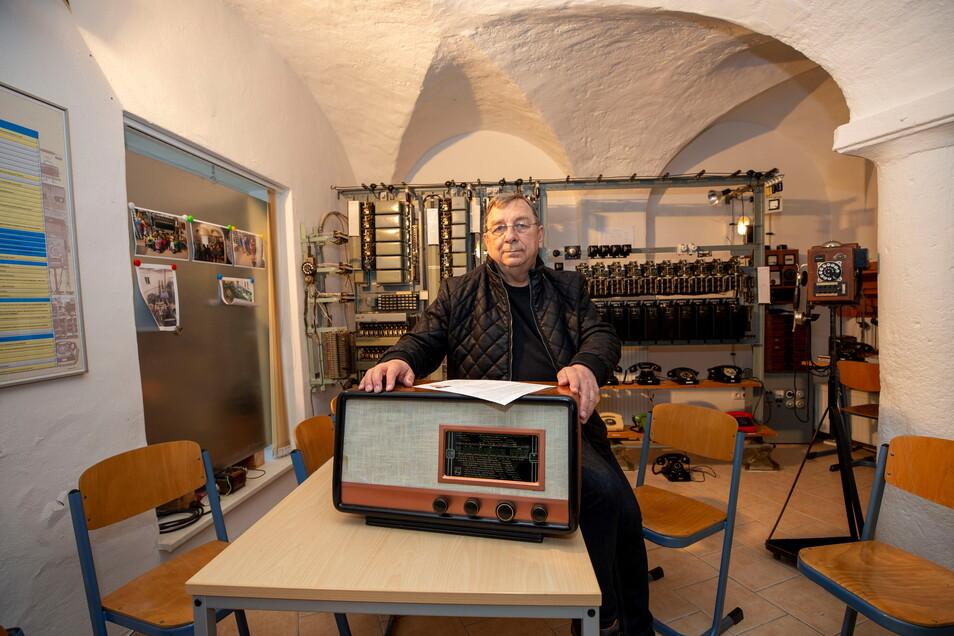 Der Chef des Technikvereins, Jürgen Juhrig, konnte mit Hilfe eines Heimatforschers ein neues Kapitel der Wilsdruffer Radiogeschichte schreiben.