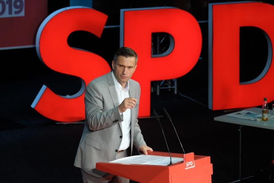 Der Landesvorsitzende der SPD Sachsen, Martin Dulig, sagt, man dürfe beim Thema Klimawandel den Strukturwandel nicht außer Acht lassen.