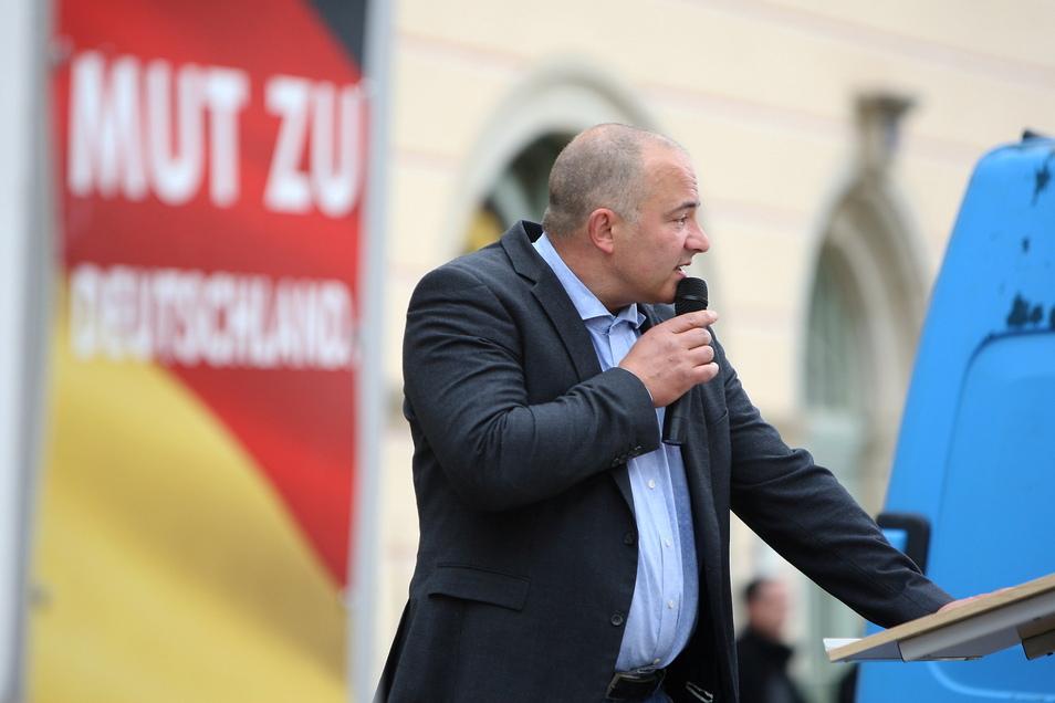 """""""Die Notbremse ist der nächste Schritt in den Great Reset."""" Steffen Janich, Bundestagskandidat der AfD, sieht eine Verschwörung gegen die Freiheit am Werk."""