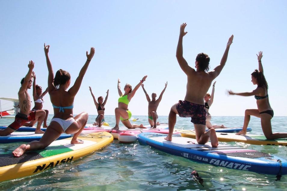 Yoga auf dem Wasser - mit dieser Idee will Julia Klesse nun in Dresden durchstarten.