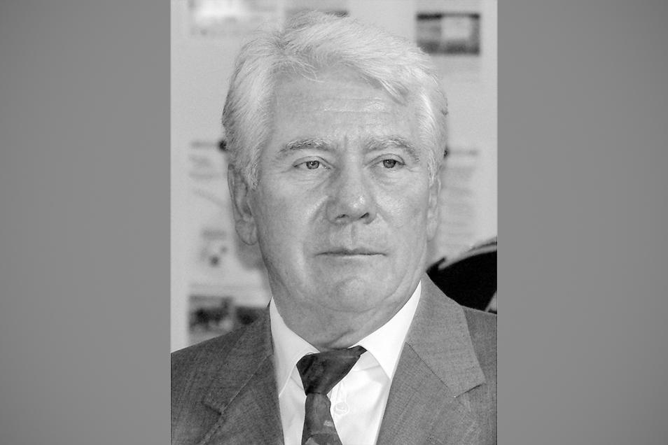 Der Ehrenbürger von Königsbrück Bernd Schütze ist nun gestorben.