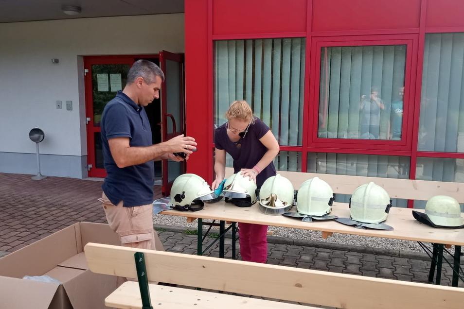 Ohorner Kameraden schicken Feuerwehrhelme in den vom Hochwasser schwer getroffenen Kreis Ahrweiler.