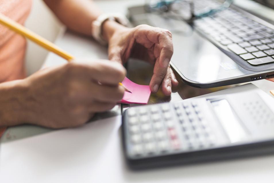 Klausurstress, WG-Leben, Nebenjobs: Da ist die Begeisterung darüber, eine Steuererklärung zu machen, eher gering.