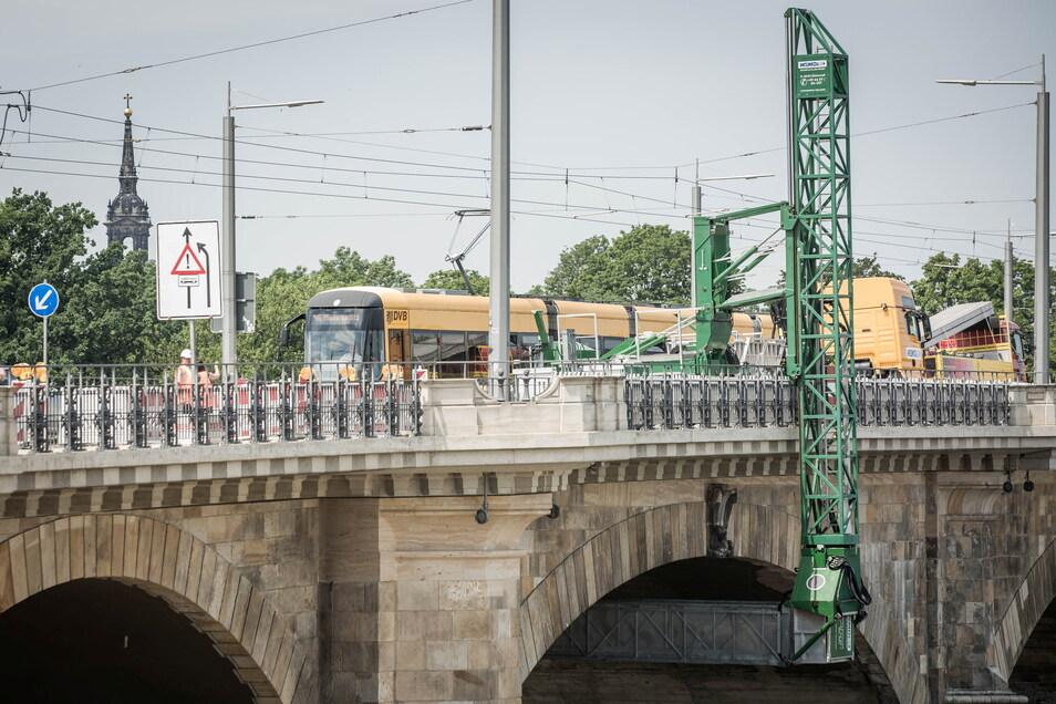 Die Albertbrücke wird schon wieder zur Baustelle. Diesmal muss sich der Verkehr etwa ein Jahr lang auf Behinderungen einstellen.