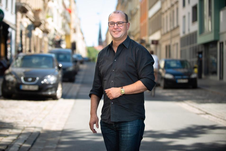 Unterwegs im Herzen der Neustadt und drumherum: Jan Frintert alias Anton Launer.