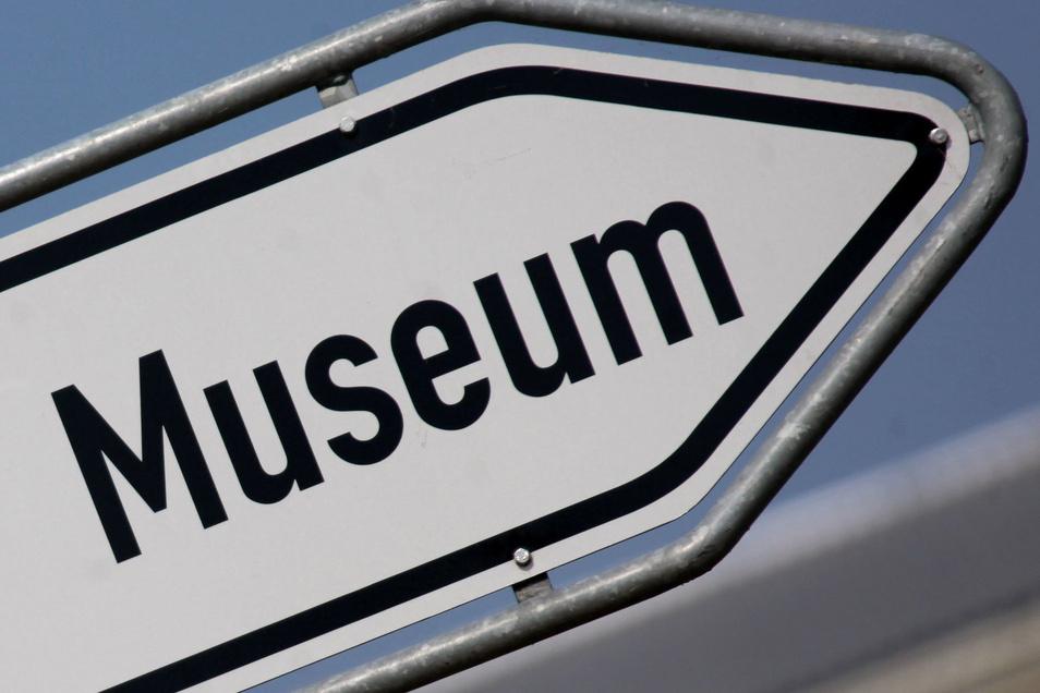 Mit einer sächsischen Ehreamtskarte erhalten auch Bürger aus dem Rödertal ermäßigt Eintritt in verschiedene Museen und andere Einrichtungen.
