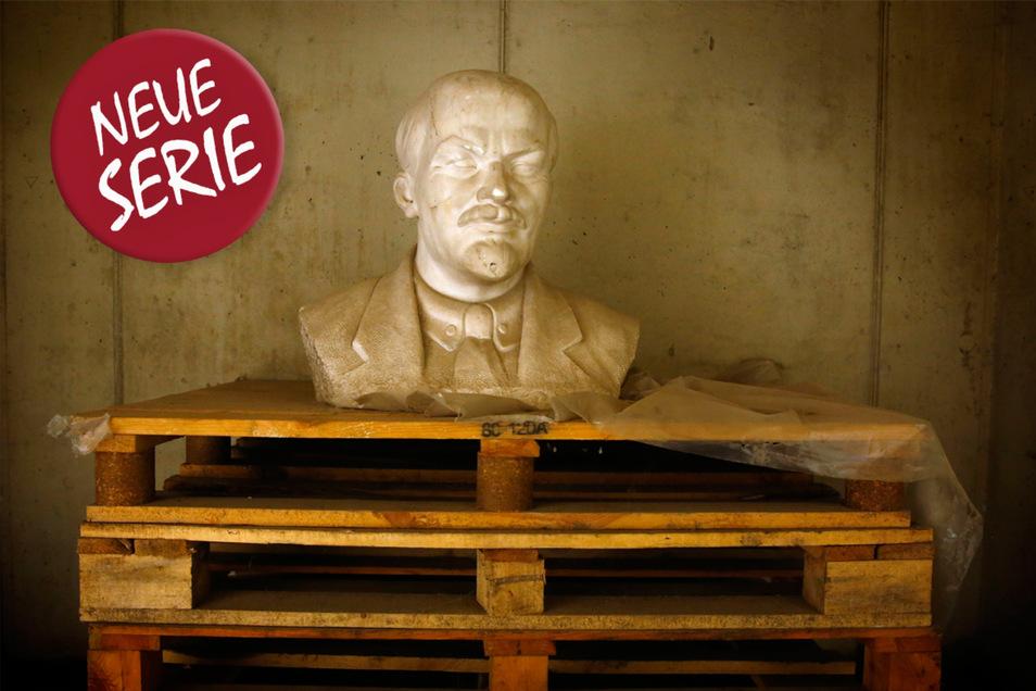 Die eingelagerte Leninbüste gilt als Sinnbild für das Ende des Kommunismus in Europa.