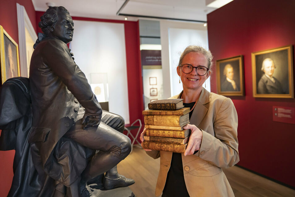 Das Kamenzer Lessing-Museum trägt seit zehn Jahren die private Büchersammlung von Gotthold Ephraim Lessing zusammen. Leiterin Sylke Kaufmann ist stolz, dass schon 122 Titel vorhanden sind.