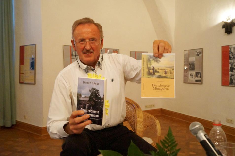 Erhard Spank vor wenigen Tagen bei der Lesung auf Einladung des Kunstvereins im Hoyerswerdaer Schloss.