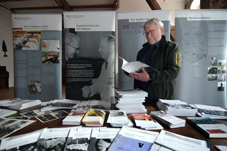 Im November vergangenen Jahres eine Ausstellung über die Stasi in Leisnig zu sehen. Die hatte unter anderem Leisnigs ehemaliger Bürgermeister Heiner Stephan organisiert.